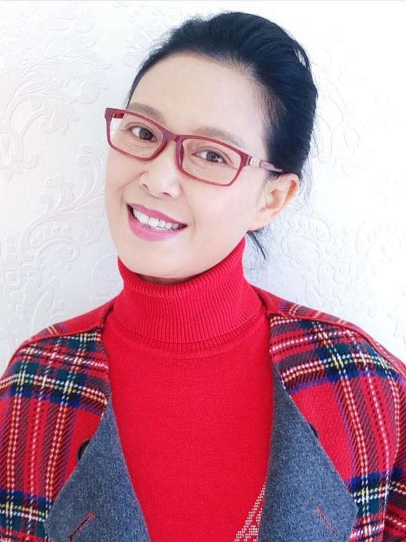 徐燕国家二级演员