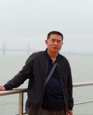 黄胜平主任舞台技师
